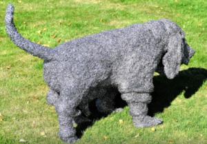 jeanne de chantal nyckees sculpteur sculpture metallique chien basset 2