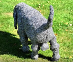 jeanne de chantal nyckees sculpteur sculpture metallique chien basset 3