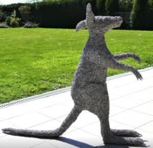 jeanne de chantal nyckees sculpteur sculpture metallique kangourou 2
