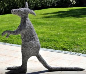jeanne de chantal nyckees sculpteur sculpture metallique kangourou